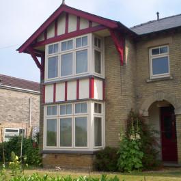 Cream Window 11
